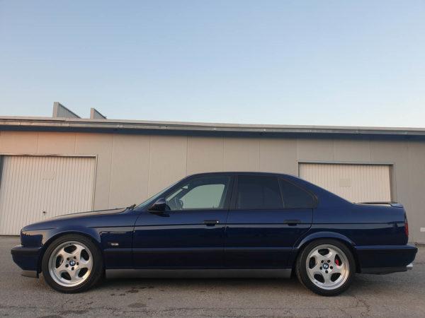 BMW E34 M5 1991