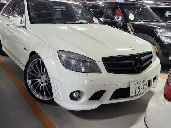 Mercedes-Benz C63 AMG Performance